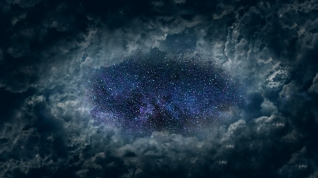 clouds-3317458_640.jpg