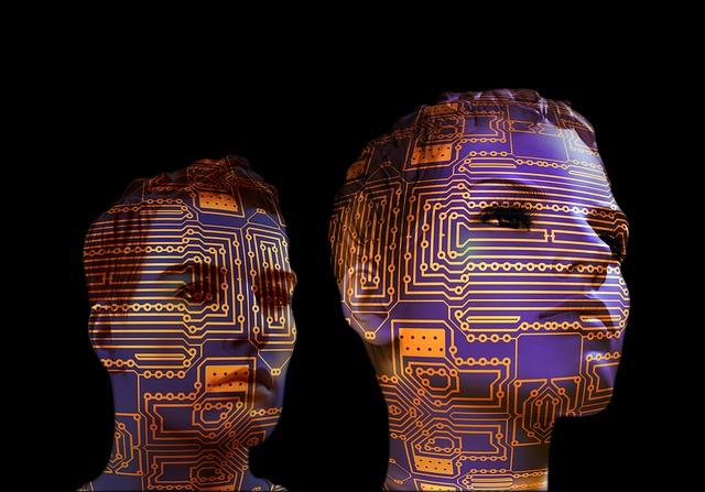 科技前沿与战略圆桌会议聚焦人工智能与未来教育