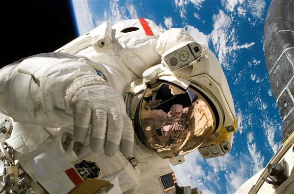 NASA表示第一个登上火星的宇航员应该是名女性