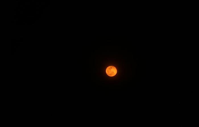 7月27日血月传说:本世纪持续时间最长的月食将出现