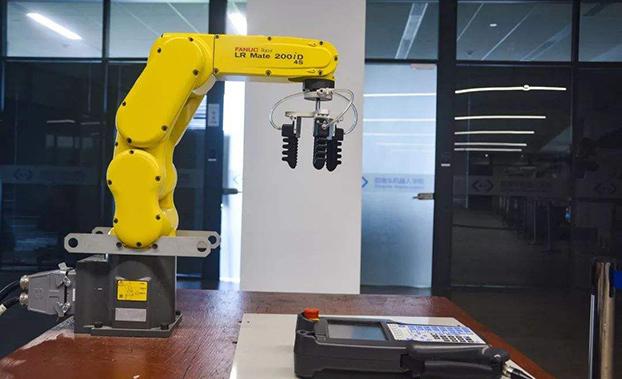 一路狂奔的机器人行业会在2019年慢下来吗?