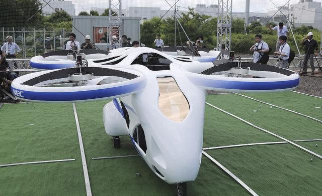 日本无人驾驶垂直起降飞行汽车成功试飞,有意领先未来汽车工业